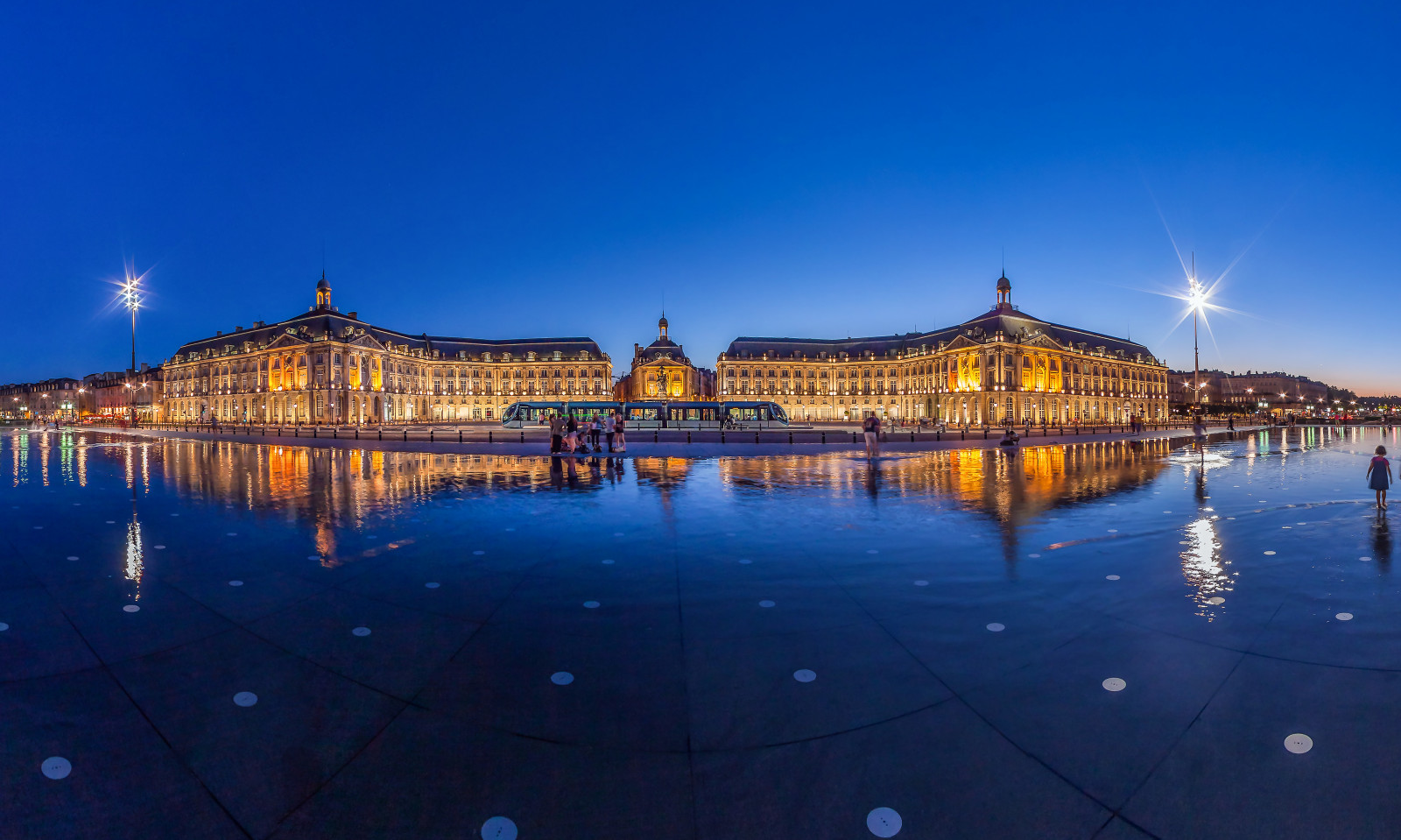 Bordeaux Tourism and Conventions : official website